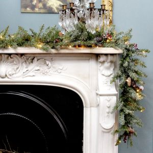 Dunhill Fir Pre-Lit Snow and Berries Garland - 2.7m