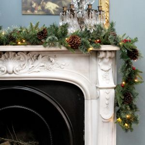 National Tree 2.7m Colonial Pine 'Feel Real' Pre-Lit Garland