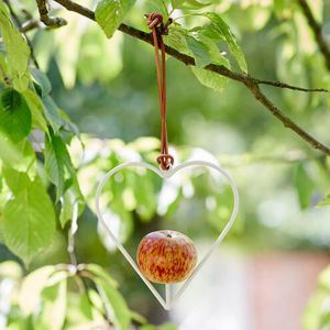 Burgon & Ball Sophie Conran Apple Feeder - Heart
