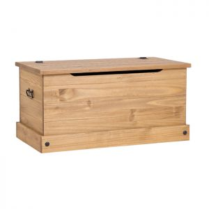 Stamford Natural Storage Chest