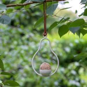 Burgon & Ball Sophie Conran Fat Ball Feeder - Pear