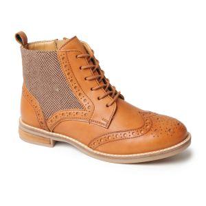 Silver Street Women's Grace Brogue Boots - Tan