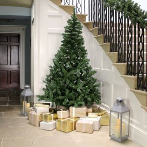 Everlands Imperial Christmas Tree - 8ft