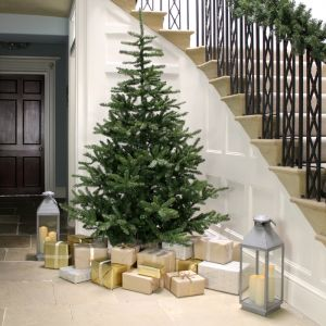 Everlands Liberty Spruce Christmas Tree - 8ft