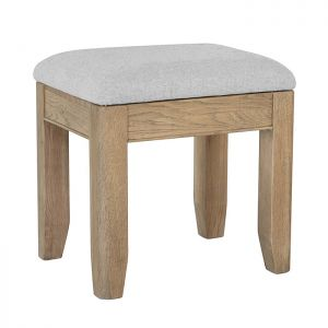 Montgomery Oak Stool