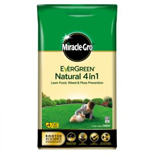 Miracle-Gro Evergreen Natural 4 in 1 Lawn Food, Weed & Moss Prevention - 260m²