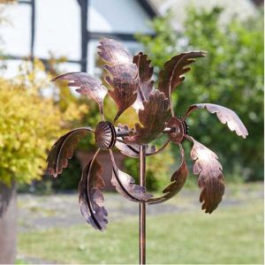 Smart Garden Oak Leaf Wind Spinner