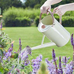 Smart Garden 4.5L Watering Can – Ivory Cream