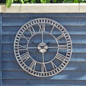 Smart Solar Outside In Buxton Wall Clock, 23cm – Grey