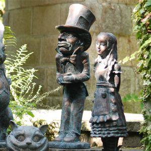 Home & Garden Alice in Wonderland Garden Ornament - Mad Hatter