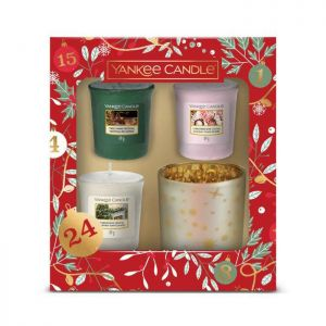 Yankee Candle 3 Votive and Holder Christmas Gift Set