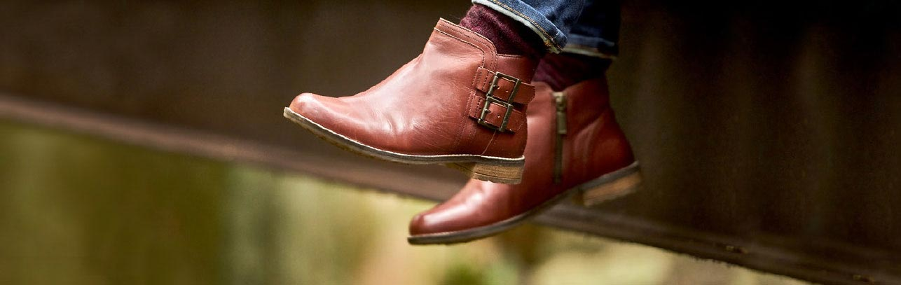STEP OUT IN STYLE - Shop Footwear